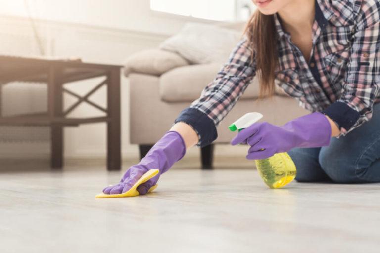 超耐磨地板清潔工具:清潔劑